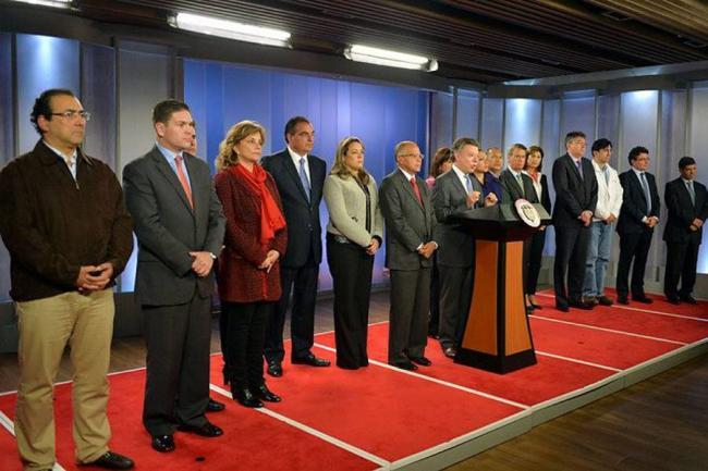 Cinco ministros nuevos conforman el gabinete de santos for Ministerio del interior colombia