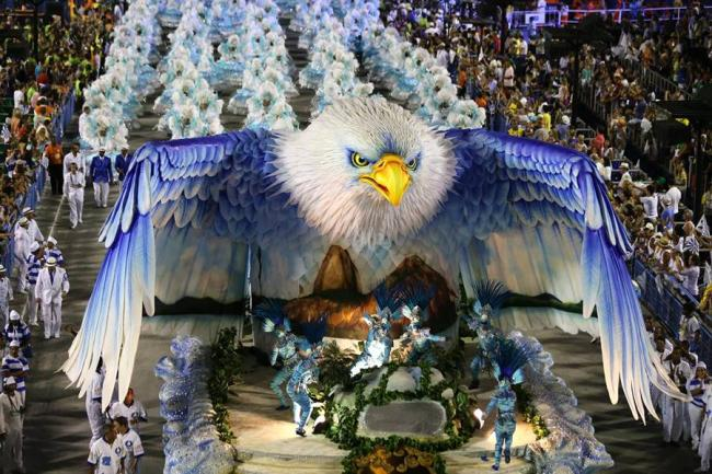Meteoro y un guila las mejores carrozas del carnaval de - Los mejores carnavales del mundo ...