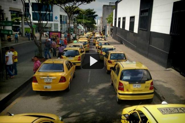 Vea la transmisión hecha este lunes del paro de taxis en Bucaramanga