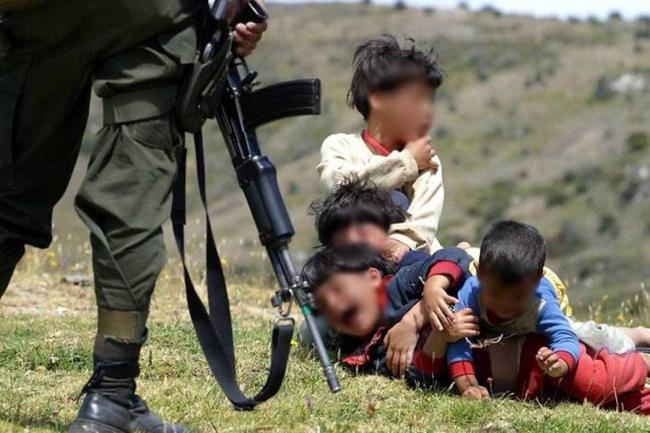 Hijos de la guerra en Colombia: niños bajo la ley del