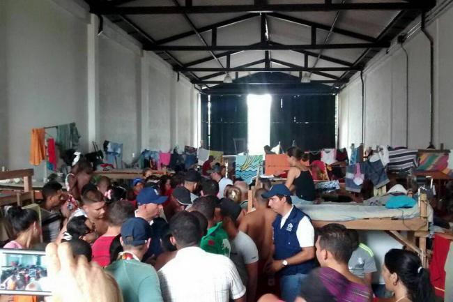 1300 migrantes varados en Colombia cerca de Panamá