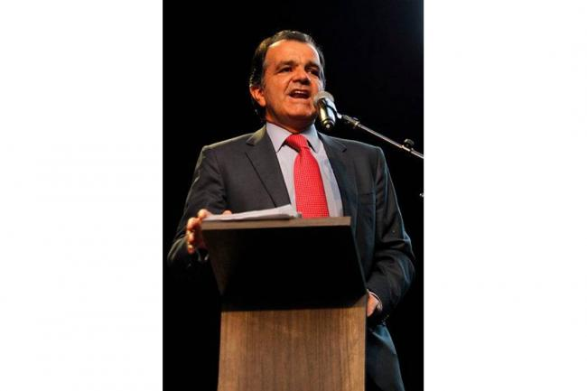 Uribismo dice que se confirma infiltración de su campaña presidencial
