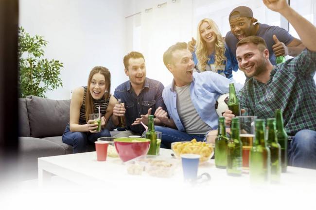Juegos para reuniones entre amigos galer a - Juegos para 3 personas en casa ...