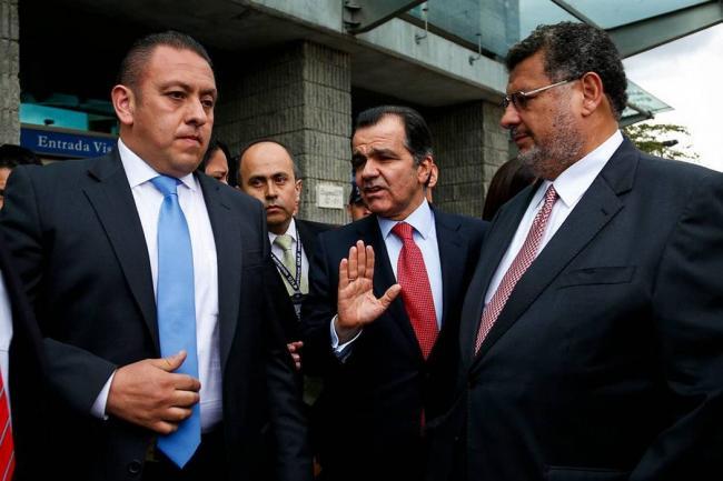 Óscar Iván Zuluaga interpone denuncia ante Fiscalía por infiltración de campaña