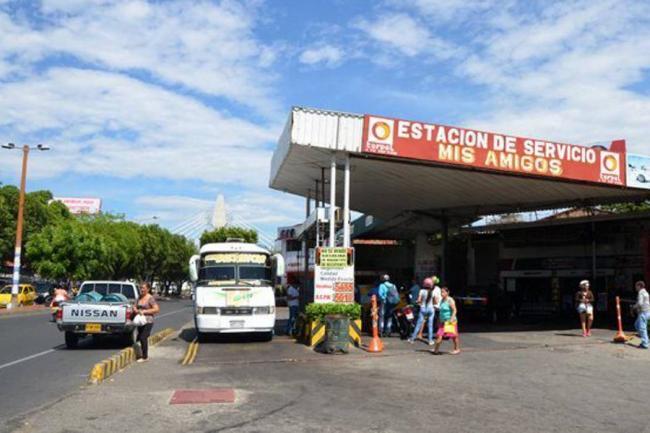 Colombia no abrirá paso vehicular en frontera con Venezuela