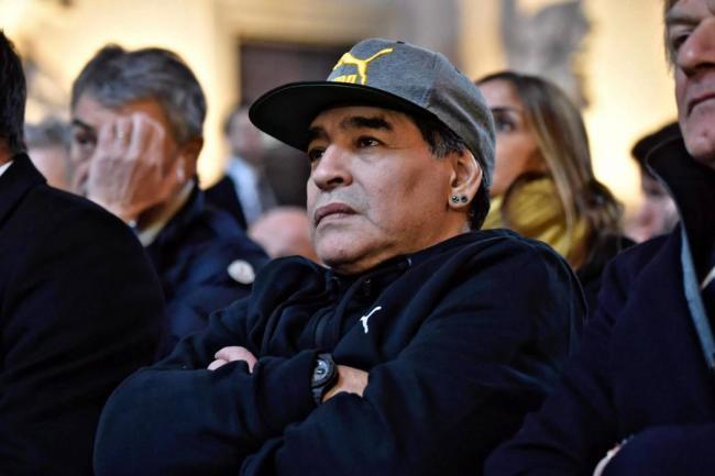 El reencuentro de Diego Maradona con la Copa del Mundo: