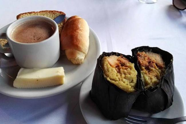 La casona de un sal n de onces a restaurante tradicional for Comida vanguardia