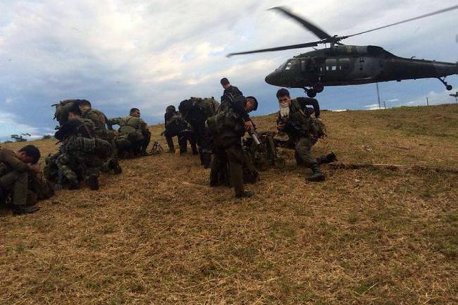Soldados colombianos podrían participar en misiones en Afganistán