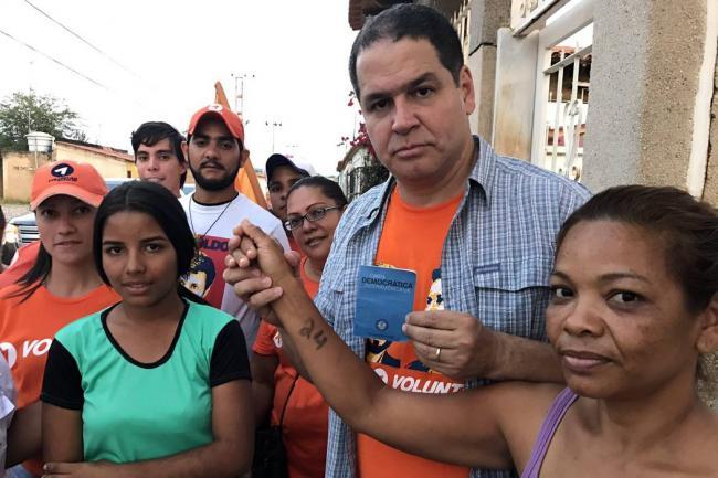 Florido salió por Colombia rumbo al Consejo Permanente de la OEA