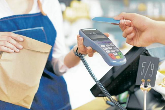 tarjeta de crédito escoltas grande