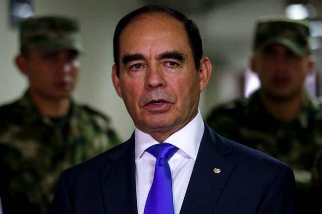 General R Uscátegui acudirá al presidente Santos para comprobar su inocencia