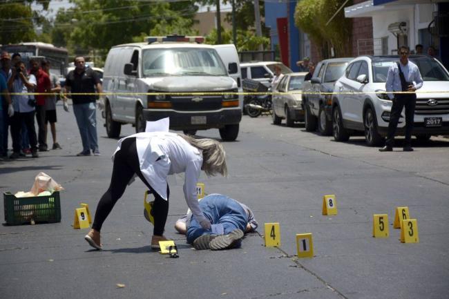 México reclama que terminen los asesinatos a periodistas