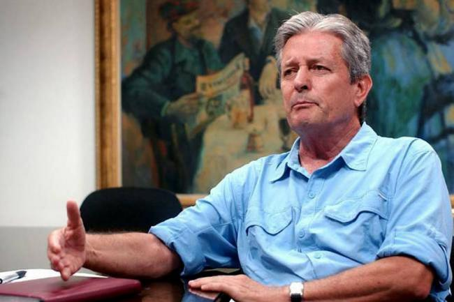 Leonidas Gómez devolverá su condecoración a la Asamblea