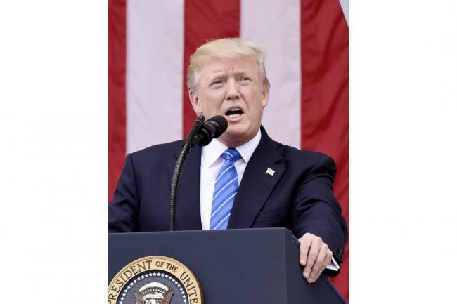 Trump acusa a la prensa de atacar a su yerno con mentiras