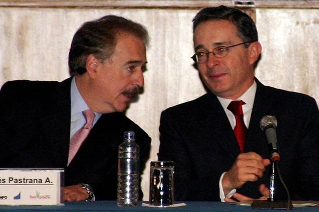 Pastrana hizo oficial la coalición con Uribe para elecciones en 2018