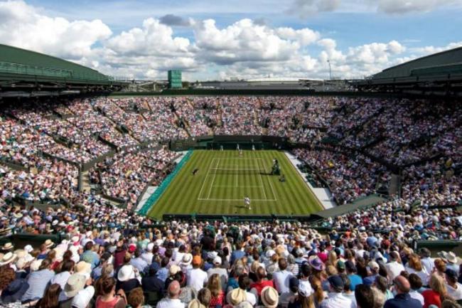 Federer rompe récord de más victorias en Wimbledon