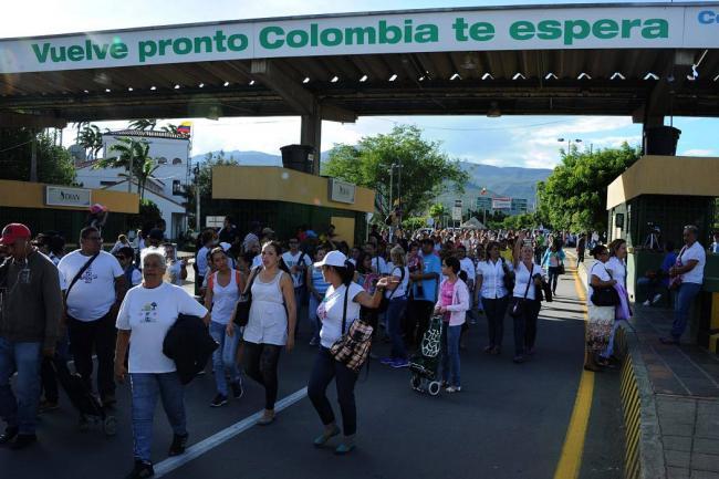 Hay cerca de 300.000 venezolanos de forma irregular en Colombia: Migración