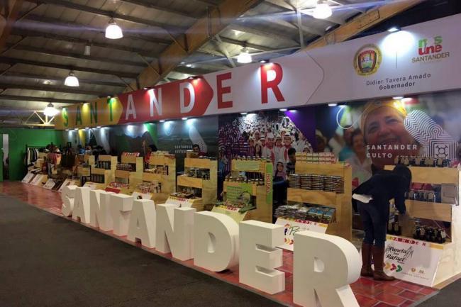 Tomada de Gobernación de Santander / VANGUARDIA LIBERAL