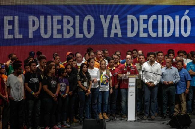 La oposición venezolana convocó a un paro nacional