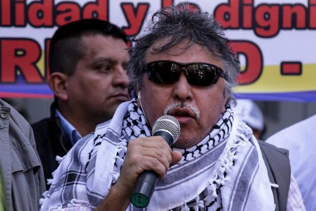 Tras 25 días en huelga de hambre, Santrich levanta protesta