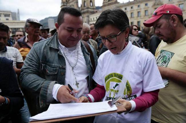 Con más de cuatro millones de firmas avanza la Consulta Anticorrupción