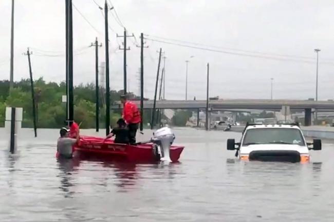 Pareja hispana se habría ahogado junto a sus bisnietos en Houston