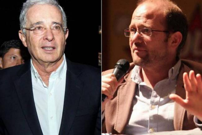 Álvaro Uribe tiene que borrar los trinos en contra de Daniel Samper