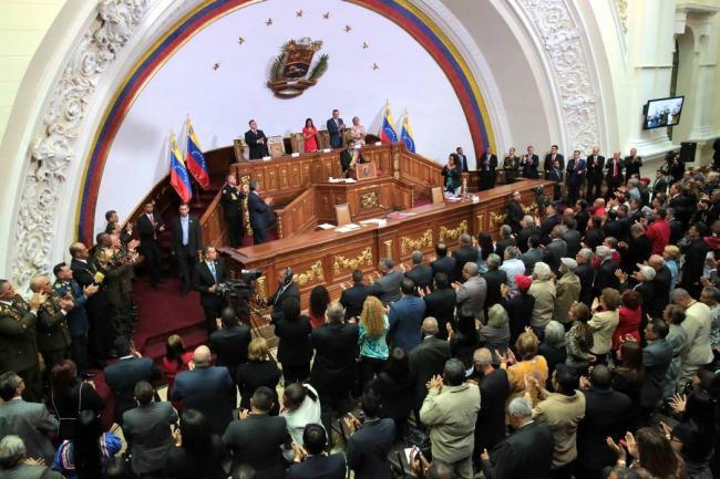 Venezuela iniciará esta semana la elaboración de su nueva constitución política
