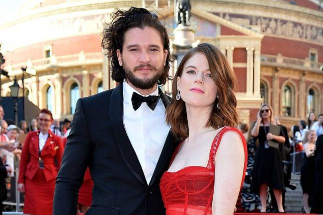 ¡Kit Harington y Rose Leslie contraen matrimonio!
