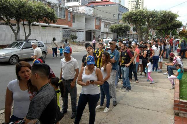 Venezolanos con permiso especial en Colombia tendrían ahora estos beneficios — VENEZUELA