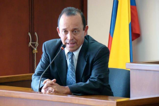 Avanza audiencia preparatoria de juicio contra Santiago Uribe por los 12 apóstoles