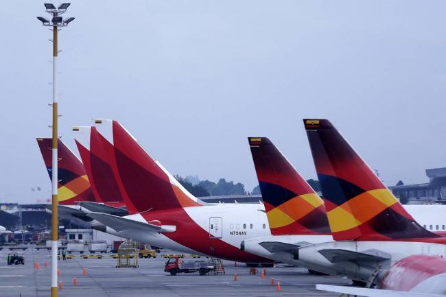 MinTrabajo pide a Avianca no despedir a más pilotos