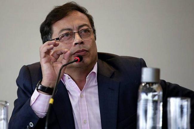 Contraloría de Bogotá sancionó a Petro por compra de recolectores de basura