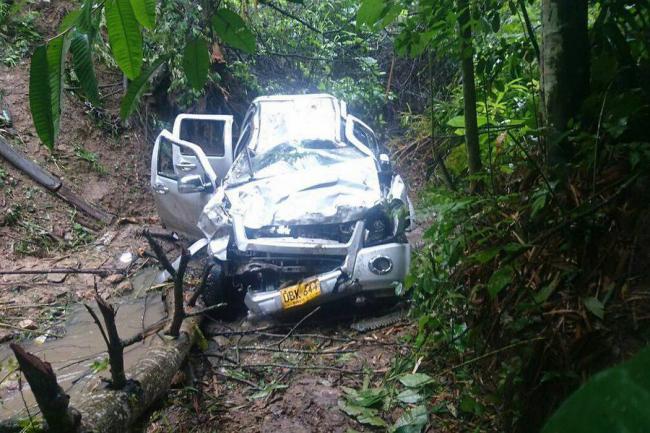 Cuatro modelos caen al abismo por aparatoso accidente en Colombia