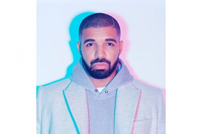 Drake expulsa de su concierto a un hombre que manoseaba a fans