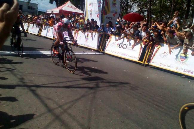Ciclista italiano Malucelli repite al ganar en 53 Vuelta al Táchira