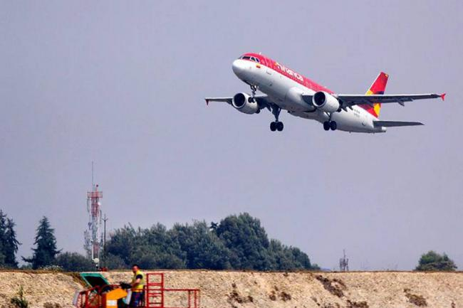 Colombiana Avianca inicia proceso disciplinario a 200 pilotos que lideraron la huelga