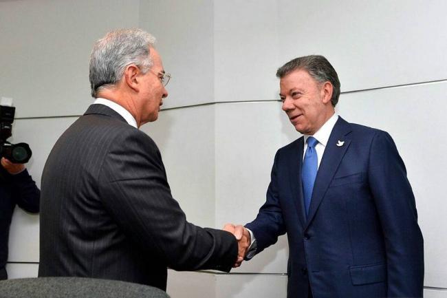 Expresidente Uribe le responde a Santos por el