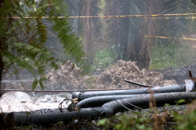 Refuerzan protección en zona donde ocurrió el derrame de crudo en Santander