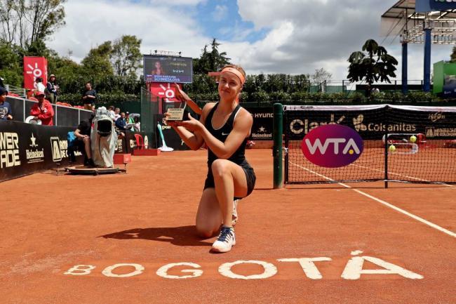 Eslovaca Schmiedlova se corona campeona del Claro Colsanitas WTA
