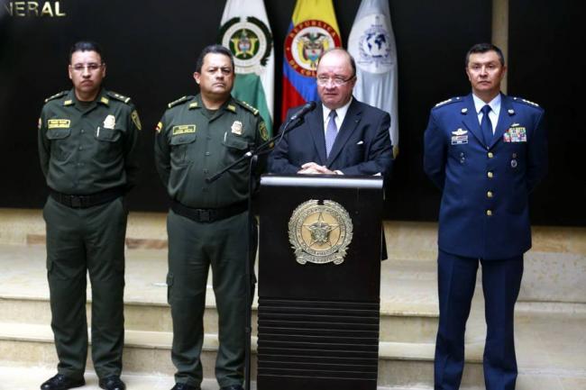 Anuncian reestructuración en fuerzas militares de Colombia