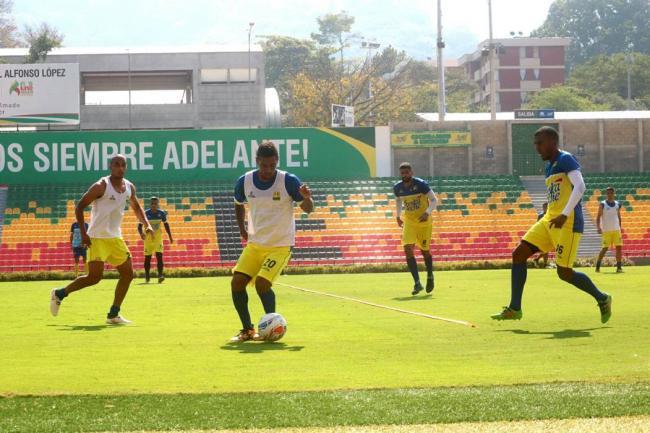 Diego Cagna no va más con el Bucaramanga
