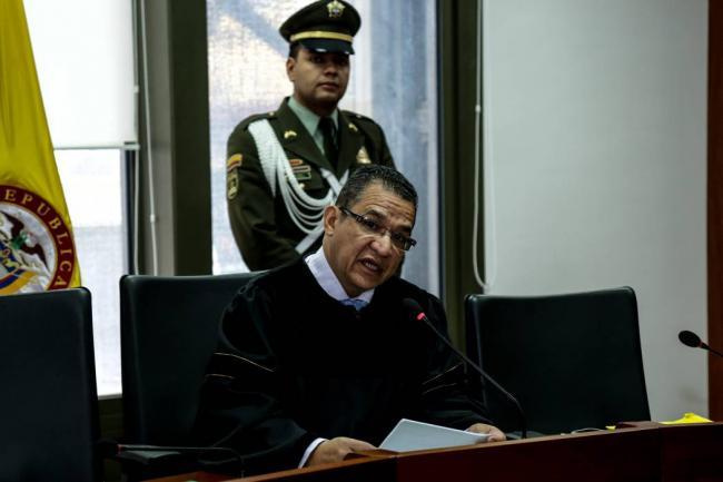 Oleada de impedimentos en la Cámara frustran acusación contra Gustavo Malo