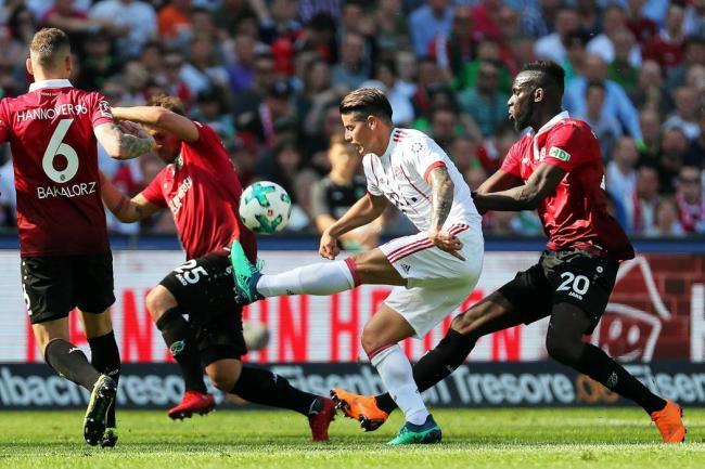 Chamberlain se lesionó la rodilla derecha y podría quedarse afuera del Mundial