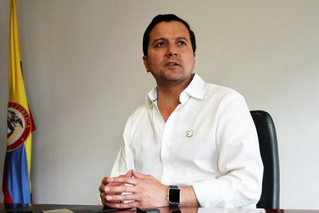Renunció David Luna, ministro de las TIC
