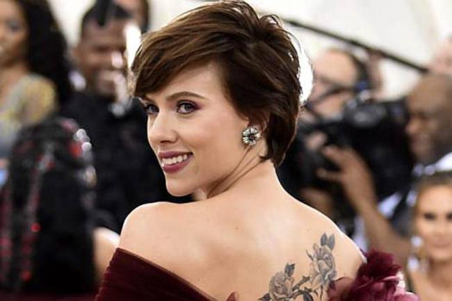 Critican a Scarlett Johansson por aceptar papel de transexual