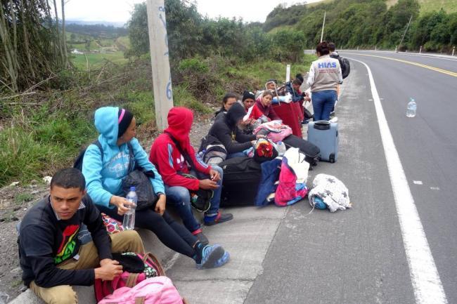 Carlos Holmes Trujillo visita la frontera para evaluar la migración venezolana