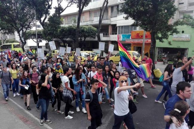 Así transcurre la marcha del orgullo Lgbt en Bucaramanga