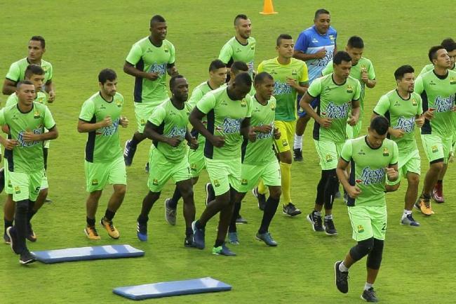 En medio de las limitaciones, Bucaramanga comienza a armarse para la próxima temporada