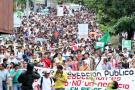 Más de dos mil estudiantes de la UIS marchan a esta hora en la ciudad